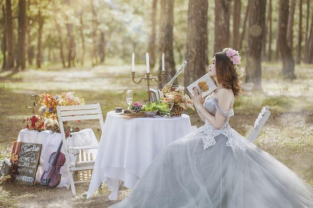Vintage Hochzeit – Individuelle Brautmode für Sie und Ihn