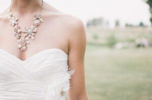 Heiraten im Hochzeitsdirndl